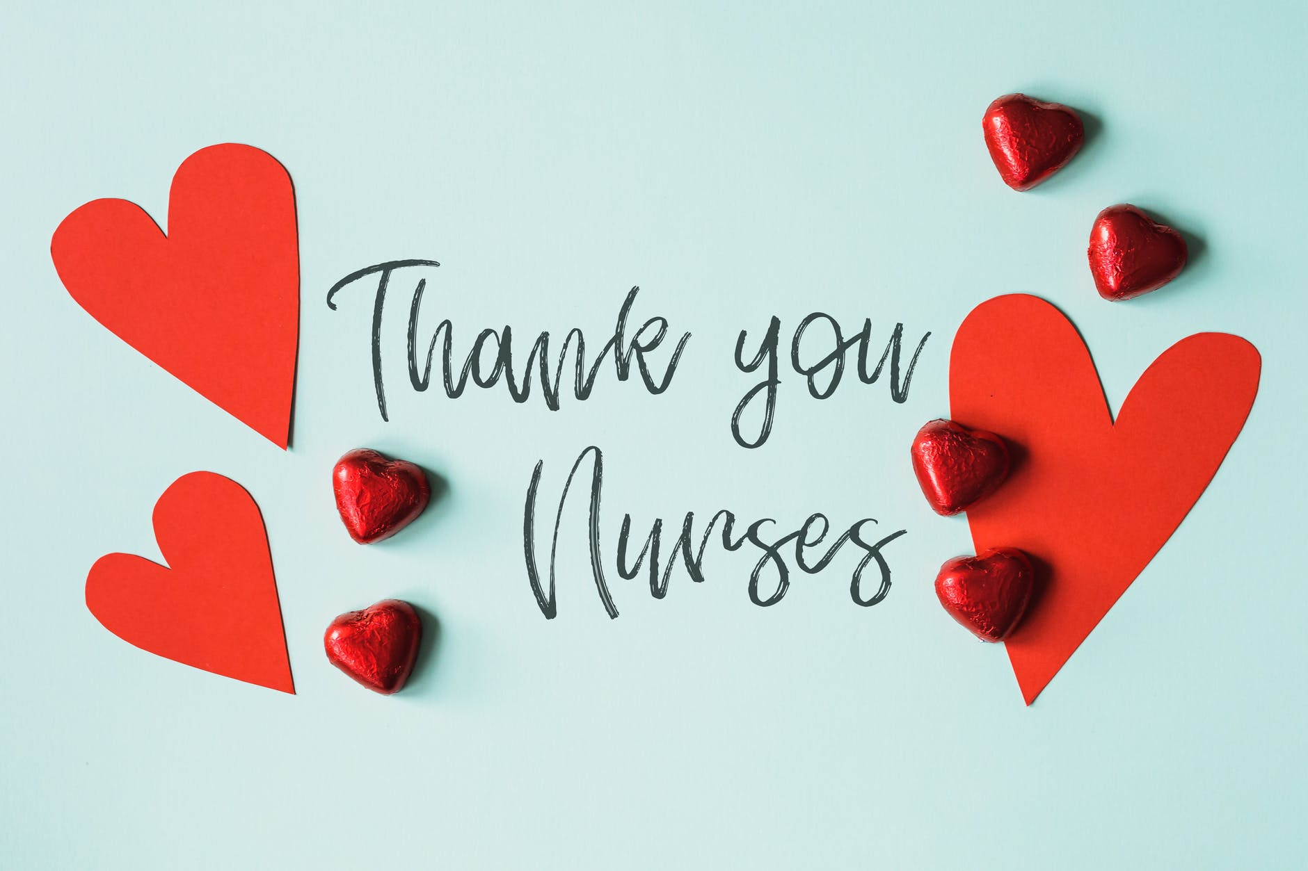 gratitude message for nurses with red hearts